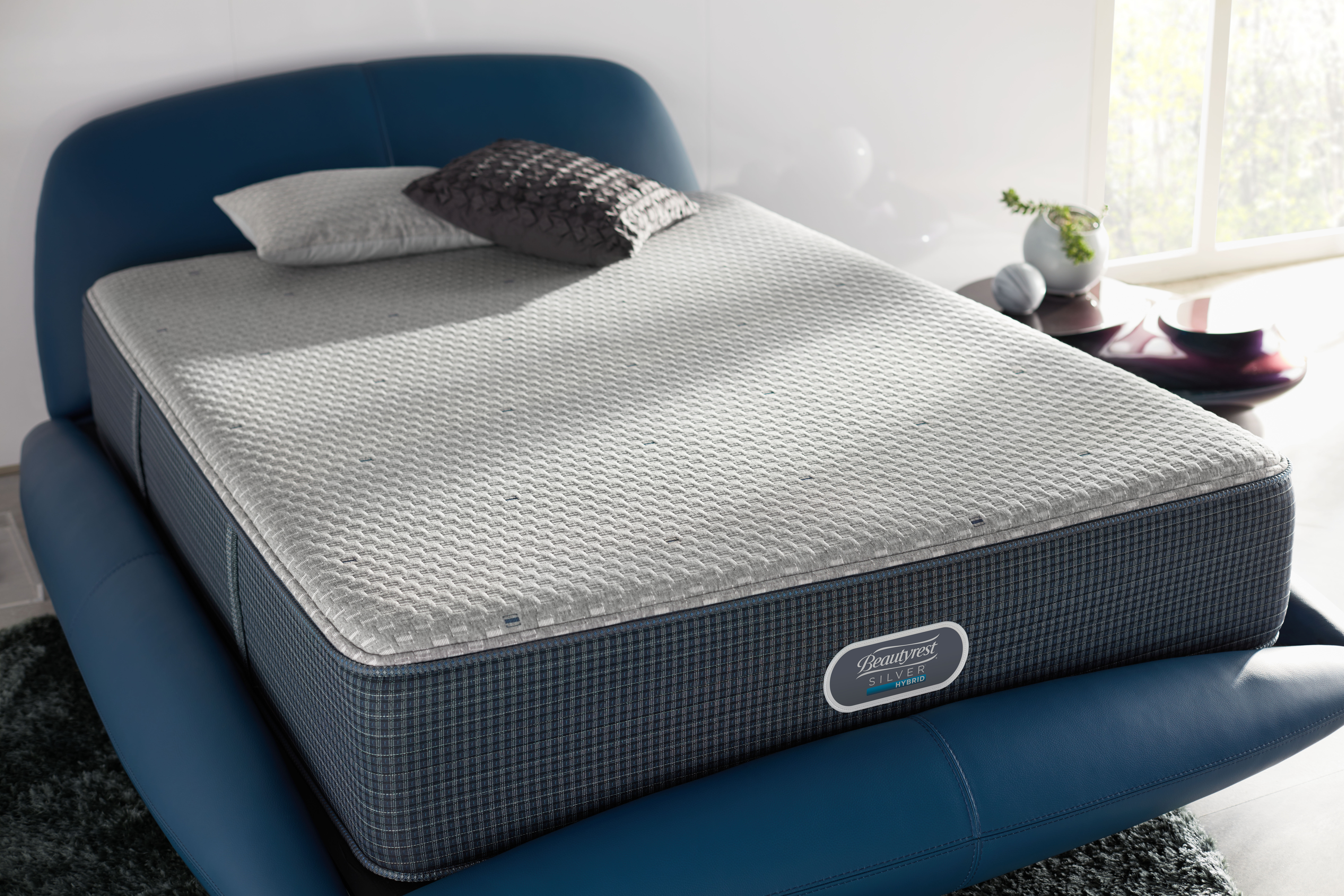 bedding major simmons is replacing its successful beautyrest recharge line with a lineup of 16 innerspring beds that aim to create an - Beautyrest Recharge Hybrid